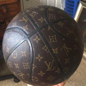 Louis vuitton Basketball